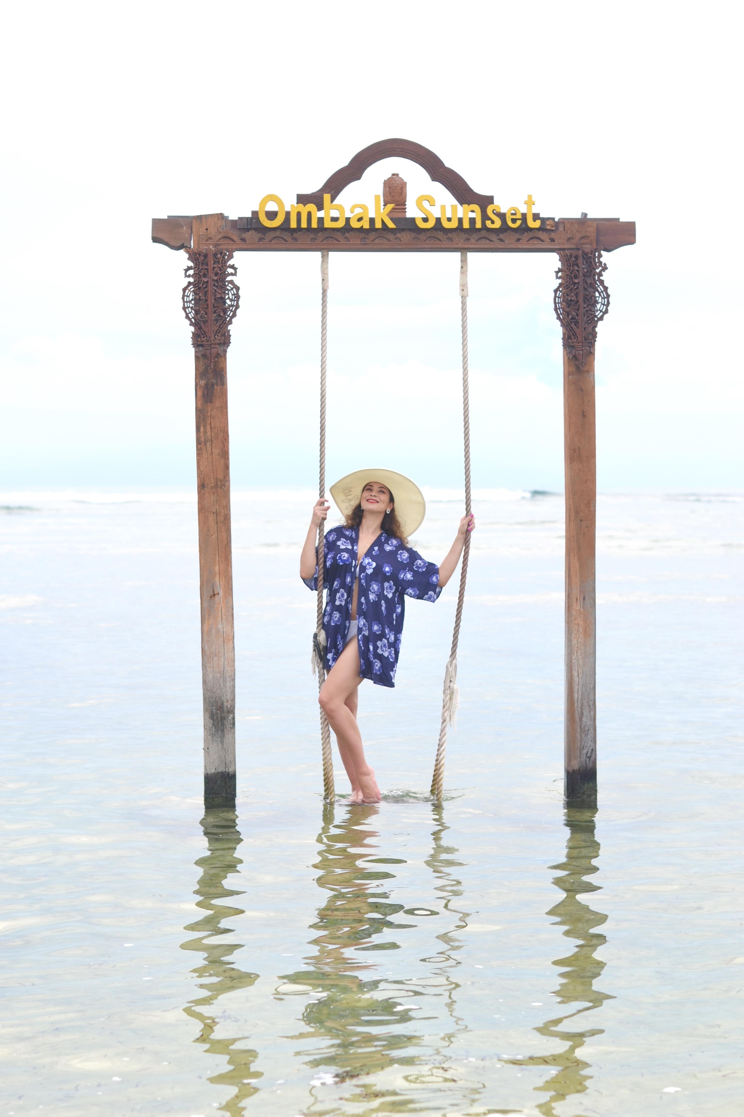 Bali Island Hopper Contiki Experience